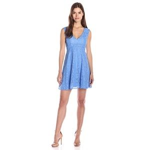 FRENCH CONNECTION • Lizzie Lace V-Neck Dress SZ 10